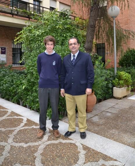 Antonio Galán Villamor, ha conseguido la Medalla de Bronce de las Olimpiadas Provinciales de Bachillerato de Sevilla de Matemáticas.