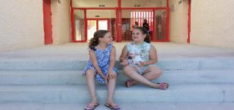 El nuevo colegio de Huévar celebro el lunes una jornada de puertas abiertas para dar a conocer el nuevo edificio
