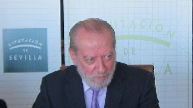 Villalobos-FEAR-verdaderos-financieros-municipalismo_TINIMA20140622_0193_5