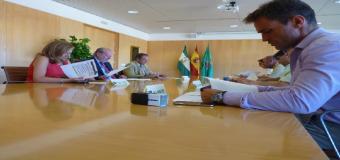 Los consistorios sevillanos reciben seis millones de euros para cohesión social