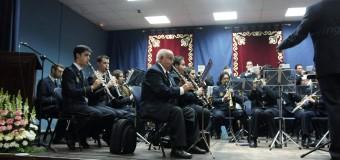 La Banda Municipal de Música de Huévar se abre camino para la Semana Santa 2015