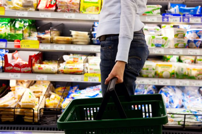 A Donde va la comida que sobre en los supermercados