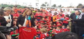 Susana Díaz inaugura en Aznalcázar el Estadio Municipal y El Centro de Formación Doñana