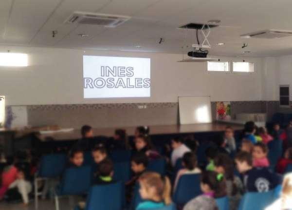Inés Rosales se vuelca un año más con el Día de Andalucía