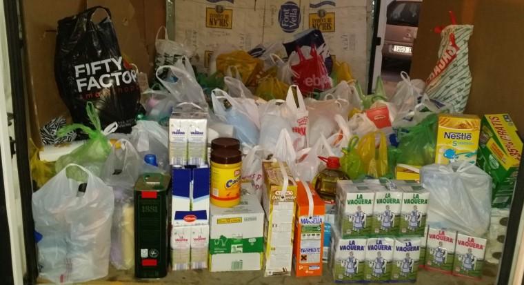Alimentos que  serán entregados a Caritas-Huévar