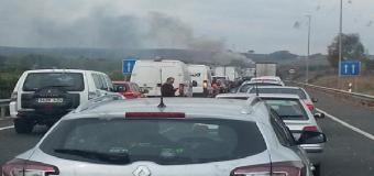 Restablecido el tráfico en la A-49, a la altura de Huévar, tras arder un camión