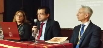 """Ramón Cañizares ha presentado en Huévar su libro """"Las Hermandades de la Soledad y Santo Entierro, en el Reino de Sevilla""""."""