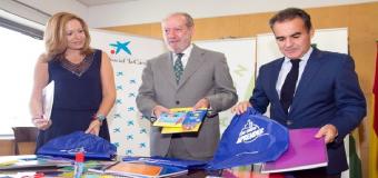 Diputación y la Obra Social La Caixa reparten 17.000 kit escolares entre menores desfavorecidos