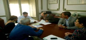 La Alcaldesa de Huévar junto a los alcaldes de Pilas y Carrión de los Céspedes  solicitan el acondicionamiento de la carretera que une Pilas con Huévar y Carrión