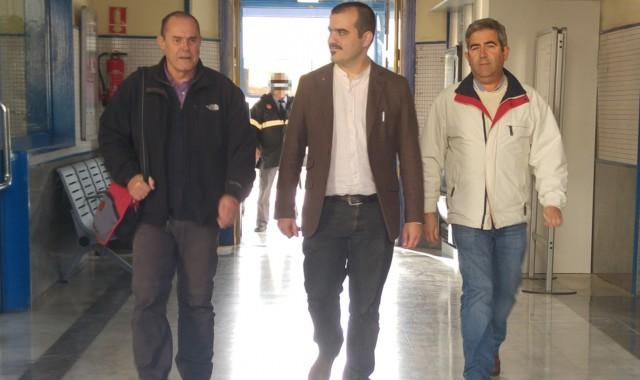 Daniel-Hernando-en-Estacio-Renfe-con-los-candidatos-al-Senado-Miguel-Angel-Gea-y-Carmelo-Cumbreras-640x380