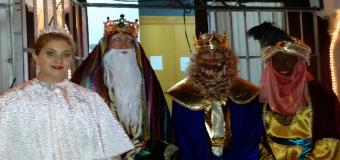 La Cabalgata de Reyes llena de ilusión las calles de Huévar