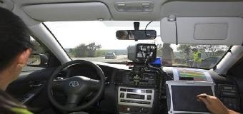 La DGT anuncia el fin de los coches camuflados de la Guardia Civil en las carreteras secundarias