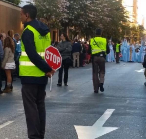 Vigilantes en control de trafico