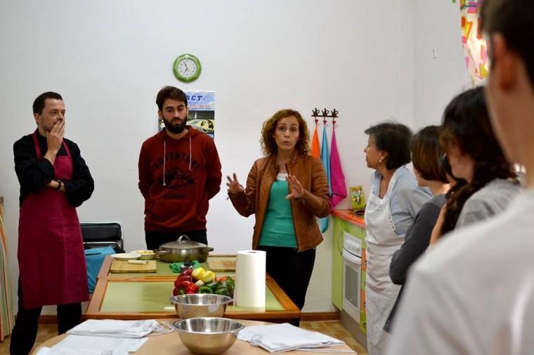 A la derecha de la imagen Juana María Carmona Gonzalez - Alcaldesa de Benacazón