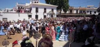 Desconvocada la amenaza de huelga de limpieza en la romería del Rocío tras acuerdo con la mutua