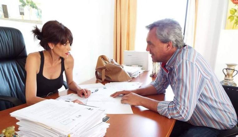 La Alcaldesa Áurea María Borrego y el Concejal de Obras y Servicios Ignacio Rosado