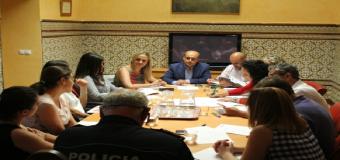 La comisión municipal confirma que Sanlúcar la Mayor tiene un nivel bajo de absentismo