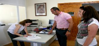 El Ayuntamiento de Benacazón mejora la accesibilidad de los Centros Educativos