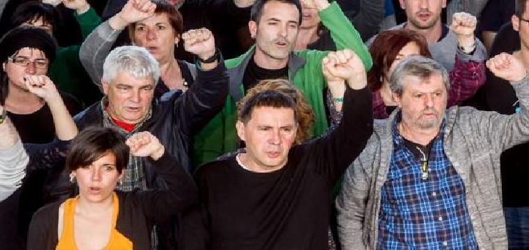 Otegi, durante un acto, con otro líderes abertzales. / EFE