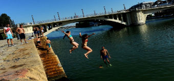 Sevilla vive la primera alerta por calor
