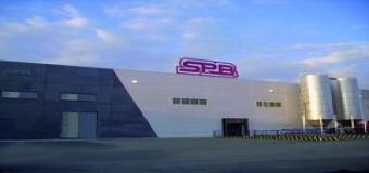 SPB el mayor surtidor de lejía de España se encuentra en Huévar del Aljarafe.