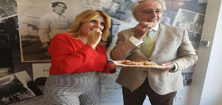 Inauguración de la tienda de Inés Rosales en Castilleja de la Cuesta (Sevilla). (EUROPA PRESS/INÉS ROSALES)