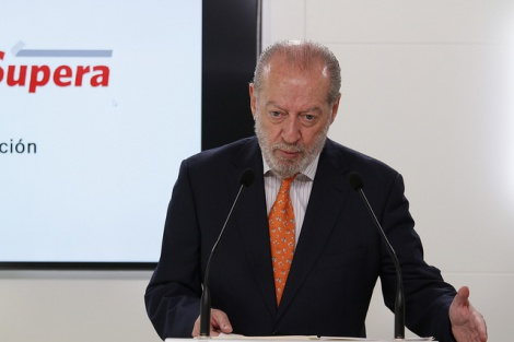 Villalobos reclama celeridad en la revisión de la regla de gasto y flexibilidad