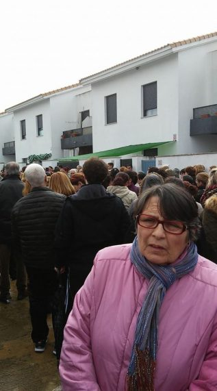 Los vecinos se manifiestan - Foto de la red social de Susana Bautista Rodríguez