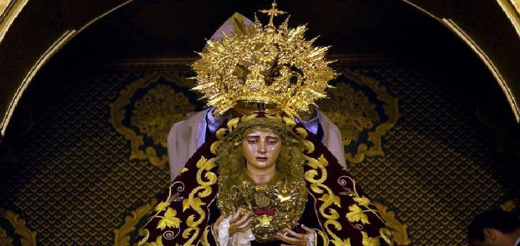Coronación de la Virgen de los Dolores