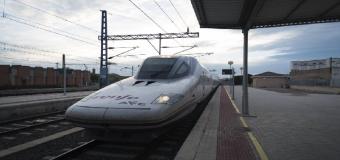 De la Serna anuncia estudio AVE Sevilla-Huelva saldrá a información en mayo