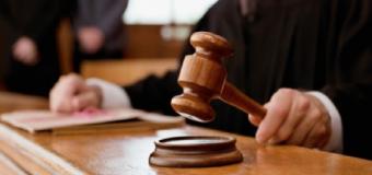 Tribunales.- Condenada una mujer por ocupar una vivienda de Huévar pese a la «voluntad contraria del dueño»