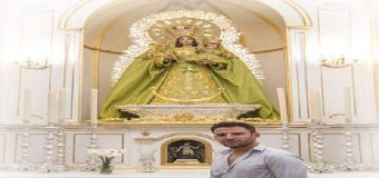 HUEVAR – El artista D. Jonathan Sánchez Aguilera, visita la Capilla de la Virgen de la Sangre