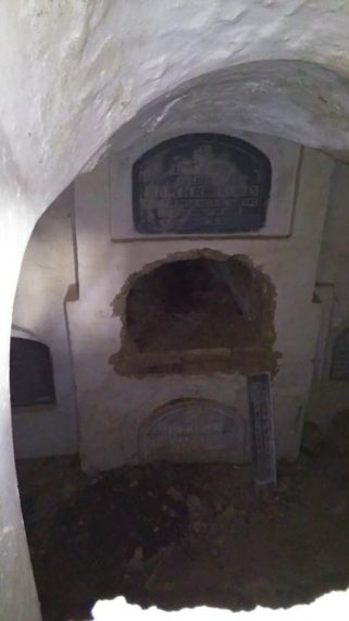 Nichos de la Cripta