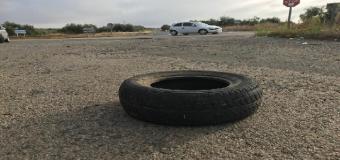HUÉVAR – Cruzan cubiertas de coche en la carretera durante la noche para provocar accidentes