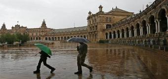 SEVILLA – Se esperan lluvias a las puertas del puente del Pilar