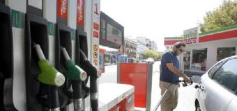 La matriculación y venta de coches de combustión se prohibirá a partir de 2040