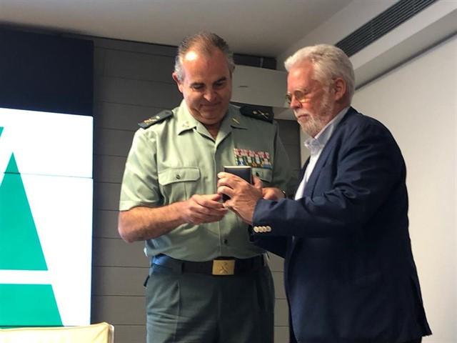 Sevilla.-Asaja concede a la Guardia Civil su Distinción de Honor y trata en juntASAJA-SEVILLA