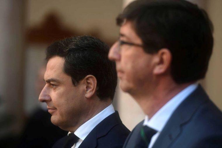 El presidente de la Junta de Andalucía, Juanma Moreno y el vicepresidente, Juan Marín | EFE
