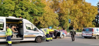 Fallece un motorista  al colisionar con un turismo en la carretera A-8076 a su paso por Espartinas (Sevilla).