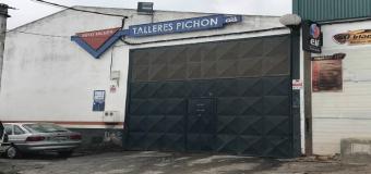HUÉVAR – Desvalijan un taller mecánico de coches
