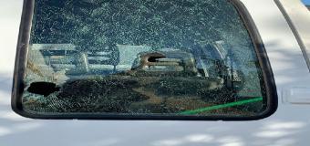 HUÉVAR – Nueva agresión a vehículos de la Entidad pública