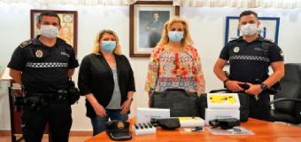 CASTILLEJA DE LA CUESTA – La Policía Local incorpora a su armería pistolas Taser