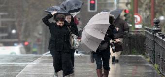 Sevilla en aviso amarillo: Se esperan lluvias fuertes con fuertes rachas de viento a partir de mañana