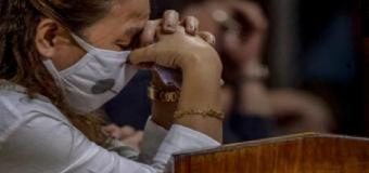 HUÉVAR – La epidemia confina también los actos religiosos